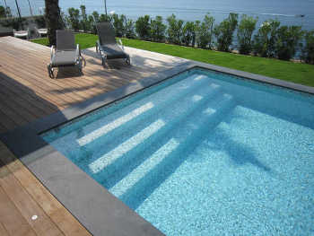 Au tour des rev tements d pendants du support - Piscine liner ou carrelage ...